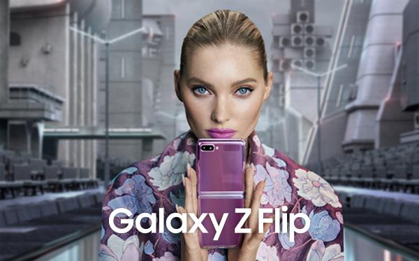 Elsa Hosk x Samsung Galaxy Z Flip